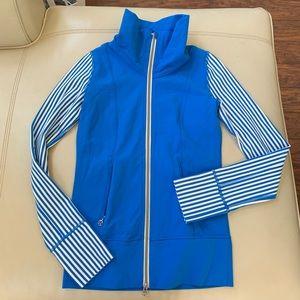 RARE Lululemon blue striped sleeve forme jacket 2